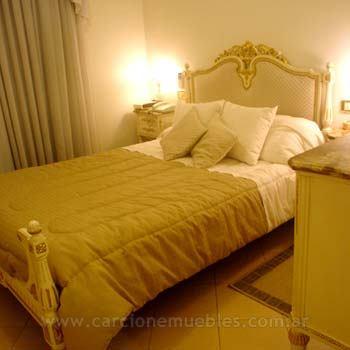Dormitorios de estilo for Muebles estilo luis xvi